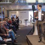 DEU,_Deutschland,_Hannover,_06.02.2019:_Robotics_Academy_auf_dem_Messegelände_Hannover._Vortrag_von_Helmut_Schmid_von_Universal_Robots