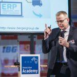 DEU,_Deutschland,_Hannover,_06.02.2019:_Robotics_Academy_auf_dem_Messegelände_Hannover._Vortrag_von_Dr.-Ing._Andreas_Groß_von_Berger_Gruppe_GmbH.