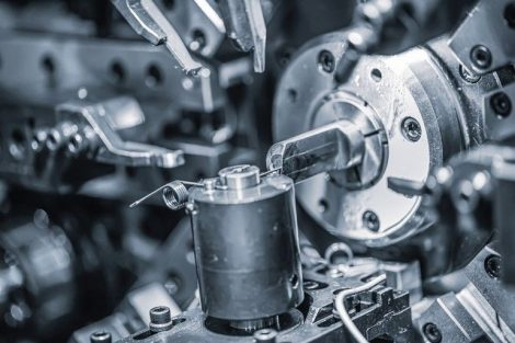 Cnc_Wire_Forming_Machine,_modern_CNC_spring_machines_for_production_of_different_types_of_wire_bends.
