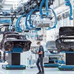 Flexibel,_digital,_effizient_und_nachhaltig:_Die_Factory_56_am_Standort_Sindelfingen_verkörpert_die_Zukunft_der_Produktion_bei_Mercedes-Benz_und_setzt_neue_Maßstäbe_für_den_Automobilbau.__Zunächst_rollt_in_der_Factory_56_die_neue_Generation_der_Mercedes-B