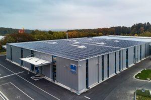 Photovoltaik-Dach-Anlage
