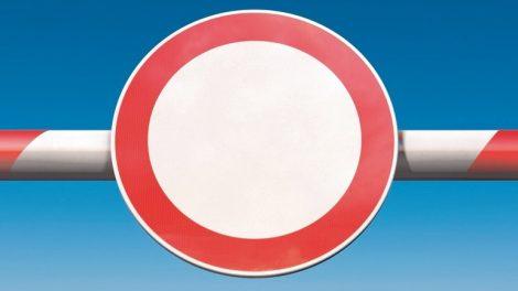 Verbot,_Halt,_Schranke,_Schlagbaum,_Grenze,_Stop,_verboten,_Schild,_Internet,_Verbotsschild,_stopp,_halt,_Gefahr,_Verkehrsschild,_Absperrung,_Konzept,_Achtung,_Gefahrenzeichen,_Hinweis,_Kreis,_Sicherheit,_Verbotszeichen,_Verkehrsschild,_Verkehrszeichen,_H