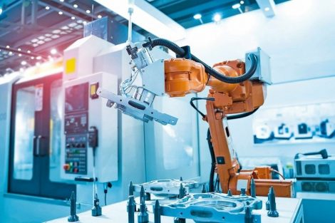 robot_arm_is_working_smartly_in_the_production_department_in_artificial_intelligence_factory