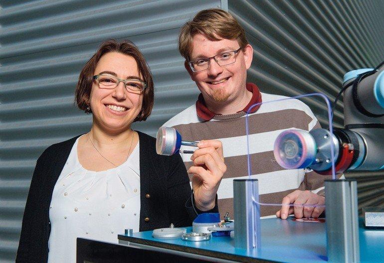 Roboter Lässt künstliche Muskeln spielen