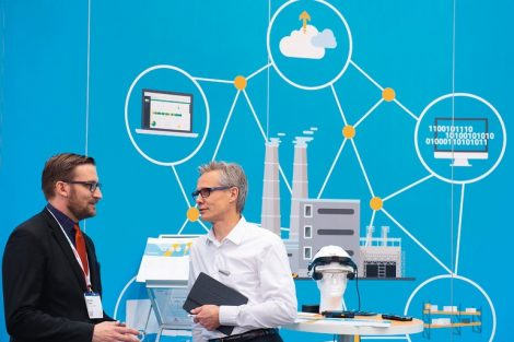 Digital_Factory:_Internationale_Leitmesse_für_integrierte_Prozesse_und_IT-Lösungen._T.CON,_Halle_7,_Stand_F12_