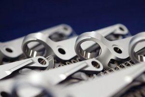 IVD-Aluminium-beschichtete_Bauteile_mit_Maskierung_preview.jpg