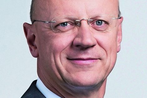 Mitglied_des_Vorstands_der_Siemens_AG_und_Chief_Financial_Officer_Member_of_the_Managing_Board_of_Siemens_AG_and_Chief_Financial_Officer