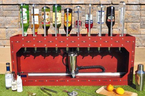 SirMixABot-Barkeeper-Robot.jpg