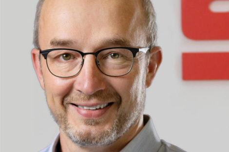 Manfred_Wegner,_Director_Sales,_Marketing_&_Service,_Supfina_Grieshaber_GmbH_&_Co._KG