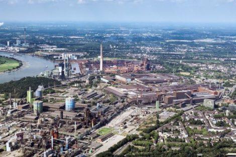 Luftaufnahme_des_Standorts_Duisburg_der_Thyssenkrupp_Steel_Europe