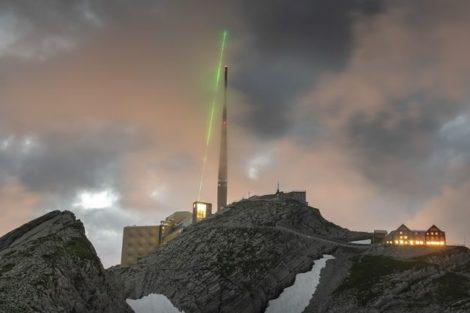 Laserbasierter_Blitzableiter_auf_dem_über_2500m_Hohen_Säntis