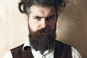 Man_with_long_beard,