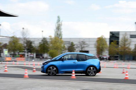 Energy:_Internationale_Leitmesse_für_integrierte_Energiesysteme_und_Mobilität,_MobiliTec_Testparcours,_Live-Demonstration_der_Alltagstauglichkeit_von_Hybridfahrzeugen